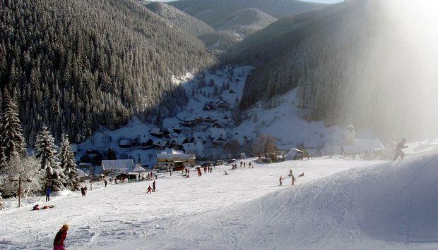 ec2bbe1db Ski centrum Bačova roveň. Lyžiarske stredisko ...