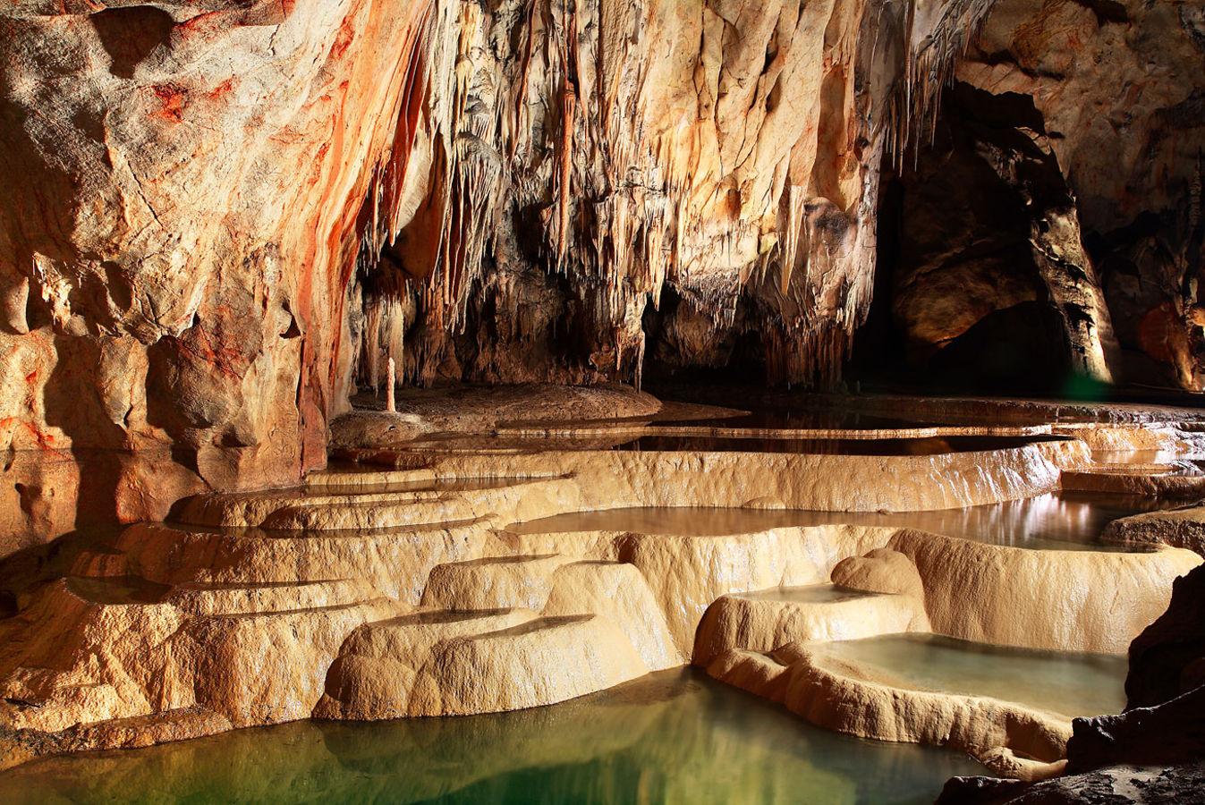 Výsledok vyhľadávania obrázkov pre dopyt Jaskyňa Domica, Slovensko