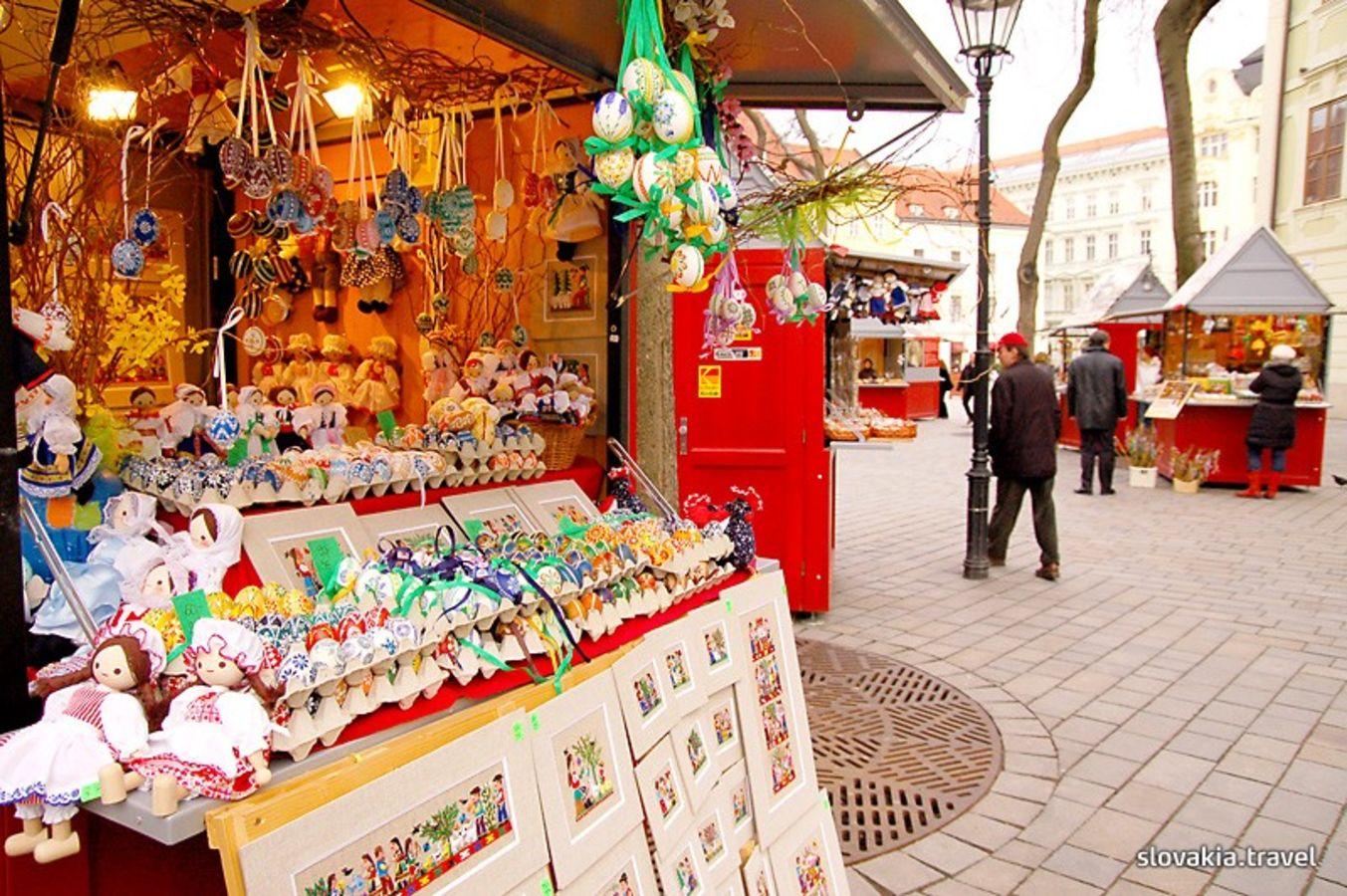 946474062 Staromestské Veľkonočné trhy 2015 - Slovakia.travel